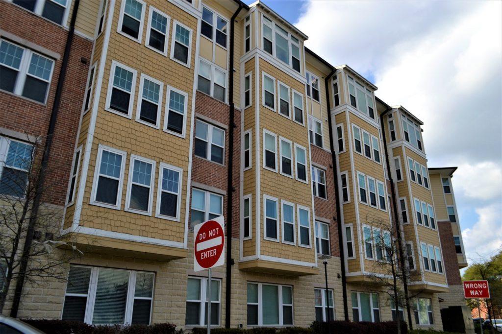 Descubre si tienes que indemnización a inquilino por venta del edificio