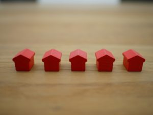 cuántos impuestos se pagan por alquilar un piso